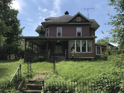 Michigamme Single Family Home For Sale: 106 W Railroad St