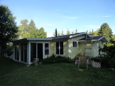 Munising Single Family Home Pending w/Contingency: E9725 Old Indiantown Rd