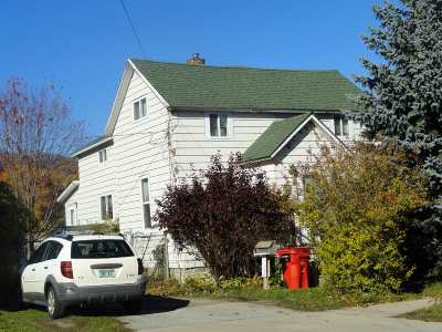 Munising Single Family Home For Sale: 104 Hemlock St