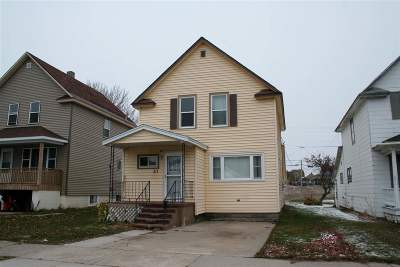Munising Single Family Home For Sale: 211 E Onota St #Lat/Long