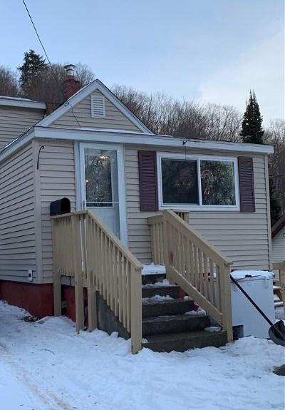 Munising Single Family Home Pending w/Contingency: 322 Fir St