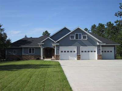 Marquette Single Family Home For Sale: 140 Brewer Dr