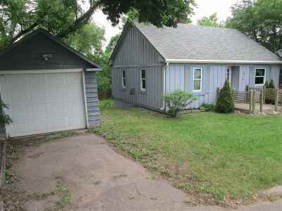 Ishpeming Single Family Home Pending w/Contingency: 715 Park
