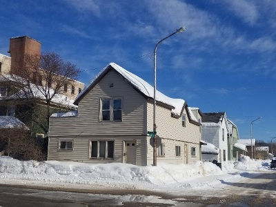 Ishpeming Single Family Home For Sale: 305 E Pearl St