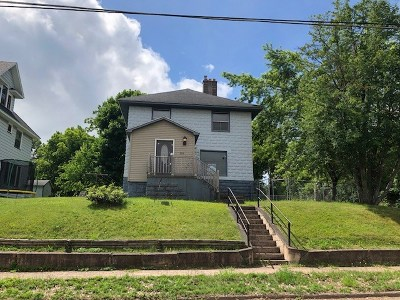 Ishpeming Single Family Home Price Change: 302 E Empire St