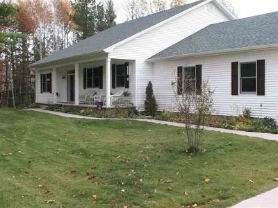 Marquette Single Family Home For Sale: 855 Foxtail Ct