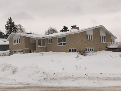 Ishpeming Single Family Home For Sale: 700 Mather Ave