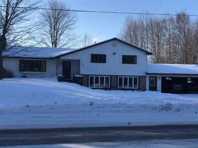 Marquette MI Single Family Home For Sale: $239,000