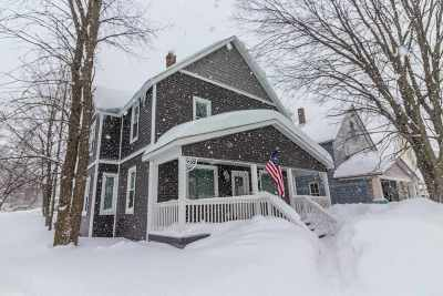 Negaunee Single Family Home Pending w/Contingency: 216 Teal Lake Ave