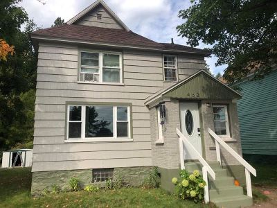 Ishpeming Single Family Home Pending w/Contingency: 462 W Empire St