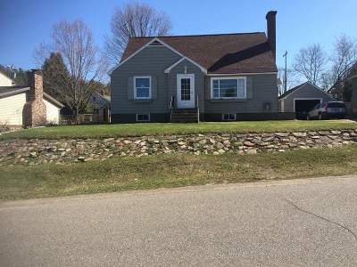 Ishpeming Single Family Home For Sale: 836 Wabash