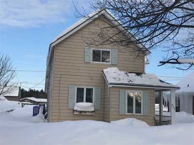 Negaunee Single Family Home Pending w/Contingency: 930 Oak St