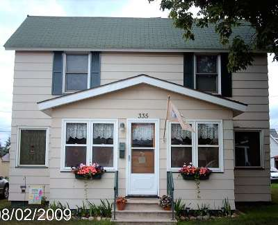 Negaunee Single Family Home Price Change: 335 Cherry St