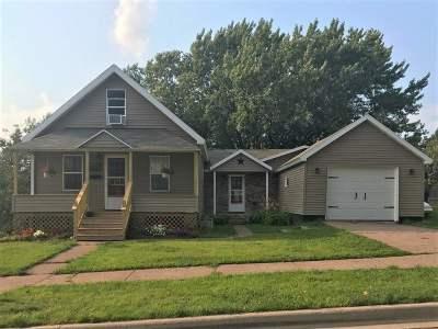 Negaunee Single Family Home Pending w/Contingency: 123 Ridge St