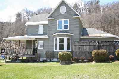Munising Single Family Home Pending w/Contingency: 204 Walnut