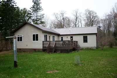 Munising Single Family Home Pending w/Contingency: N7930 Koski Rd