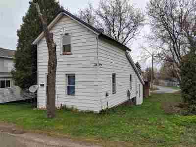 Ishpeming Single Family Home New: 109 E Johnson St #112