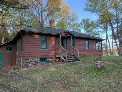 Michigamme Single Family Home For Sale: 2 Long Lake Lodge Rd