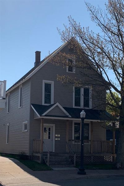 Marquette Multi Family Home Pending w/Contingency: 614 N Third St