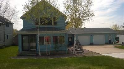 Munising Single Family Home For Sale: 1309 Lake St