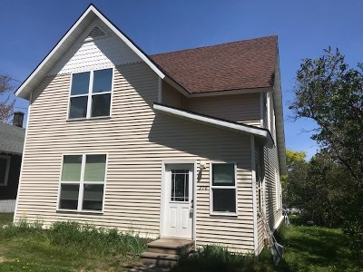 Marquette Multi Family Home Pending w/Contingency: 376 Alger St