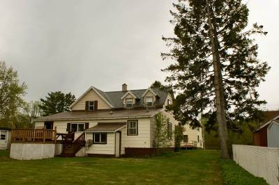 Ishpeming Single Family Home For Sale: 131 Salisbury St
