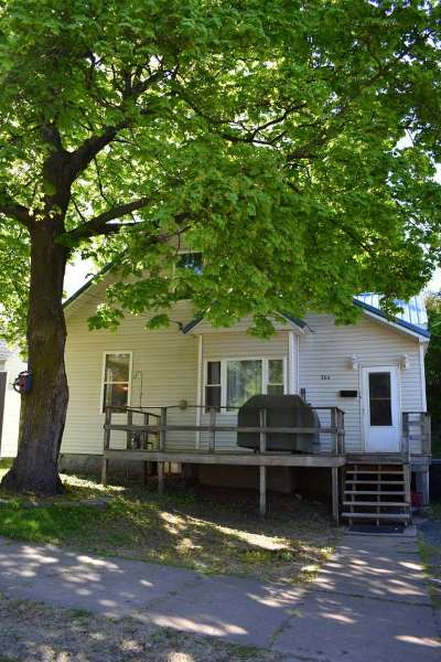 Negaunee Single Family Home For Sale: 304 E Lincoln St