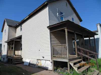 Ishpeming Single Family Home For Sale: 322 W Division St