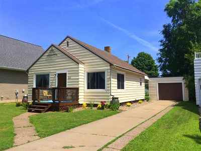 Negaunee Single Family Home Pending w/Contingency: 1012 Baldwin Ave