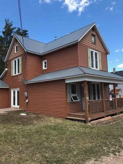 Ishpeming Single Family Home For Sale: 499 Jasper St