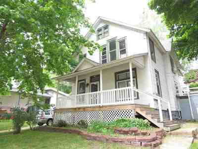Marquette Single Family Home Pending w/Contingency: 736 W Bluff St