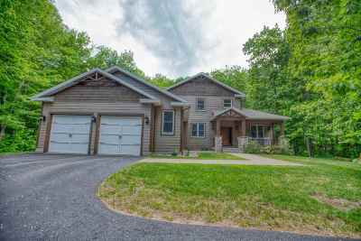 Marquette Single Family Home For Sale: 125 Hidden Springs Dr