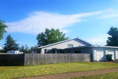 Gwinn Single Family Home Pending w/Contingency: 136 Fury St