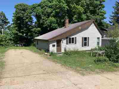Munising Single Family Home For Sale: 212 W Jewell St
