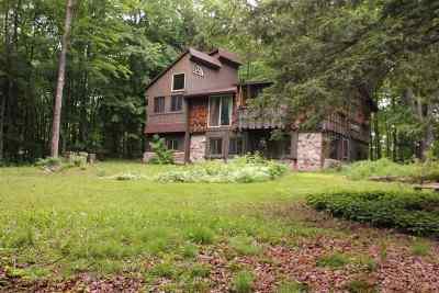 Munising Single Family Home For Sale: E7143 Maple Grove Rd