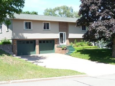 Marquette MI Single Family Home For Sale: $254,900