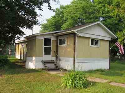 Michigamme Single Family Home For Sale: 327 W Maple St #Some Map