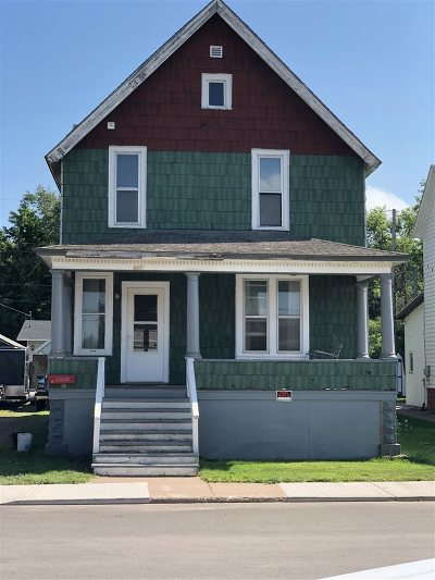 Ishpeming Single Family Home For Sale: 157 W Superior