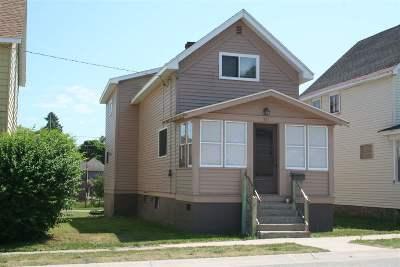 Munising Single Family Home For Sale: 111 Chestnut St
