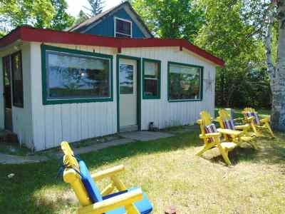 Ishpeming Single Family Home For Sale: 277 Barnhardt Dr