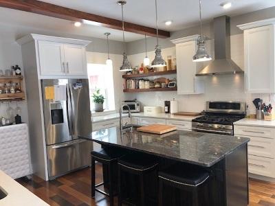 Negaunee Single Family Home For Sale: 320 E Main St