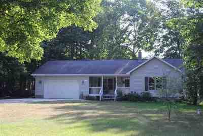 Munising Single Family Home For Sale: E9299 Shannon Dr
