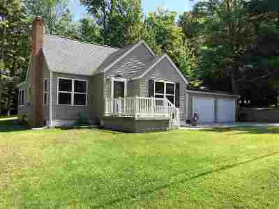 Marquette Single Family Home For Sale: 1206 West Ave