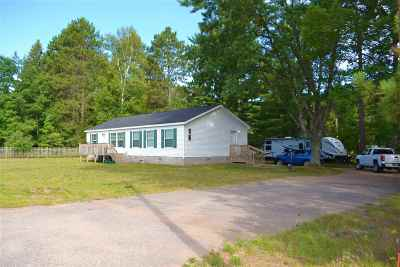 Marquette Single Family Home For Sale: 245 Silver Creek Rd