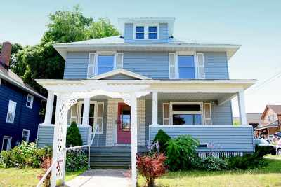 Marquette Single Family Home For Sale: 202 E Hewitt Ave