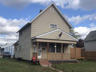 Negaunee Single Family Home Price Change: 613 Carr St