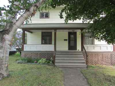 Munising Single Family Home For Sale: 314 W Superior St