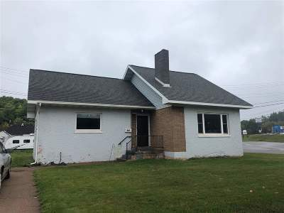 Negaunee Single Family Home Pending w/Contingency: 817 Maas St