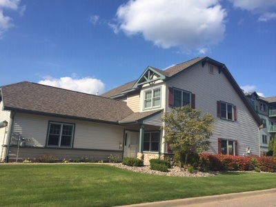 Marquette Single Family Home Pending w/Contingency: 1241 Lakeshore Park Place Dr
