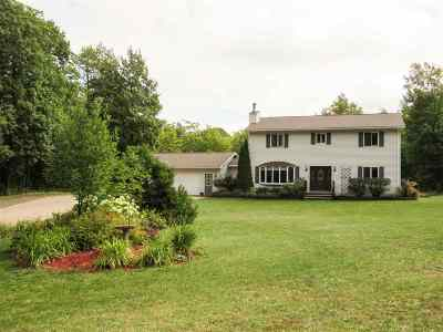 Negaunee Single Family Home For Sale: 136 Hardwood Ln